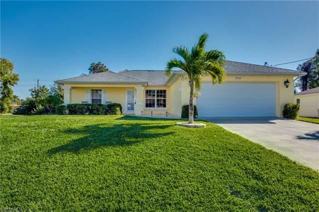 3721 NE 23rd Pl, Cape Coral, FL 33909 (MLS #220005681) :: Premier Home Experts