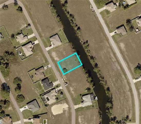 3719 NE 12th Pl, Cape Coral, FL 33909 (MLS #220005860) :: Premier Home Experts