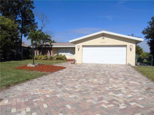 513 SE 21st St, Cape Coral, FL 33990 (MLS #220005992) :: Clausen Properties, Inc.