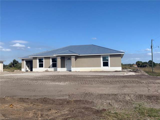 1016 April Ave, Labelle, FL 33935 (MLS #220006349) :: The Keller Group