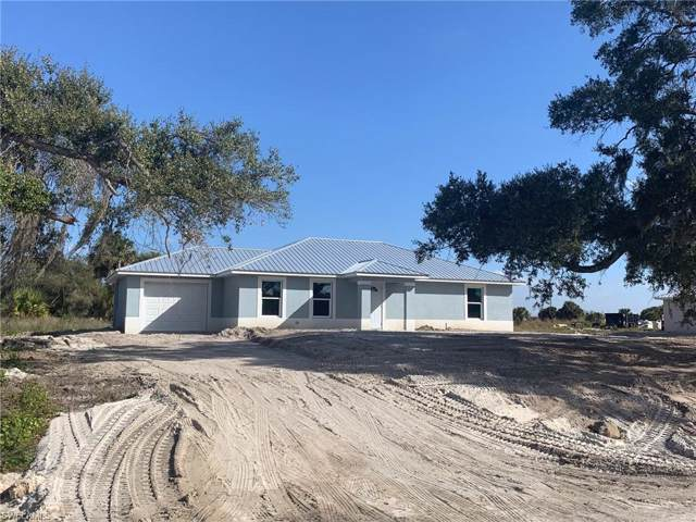 1062 April Ave, Labelle, FL 33935 (MLS #220006363) :: The Keller Group