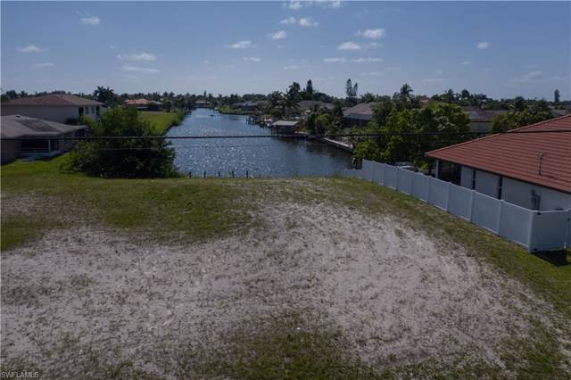 1421 Country Club Blvd, Cape Coral, FL 33990 (MLS #220007334) :: #1 Real Estate Services