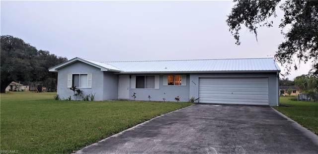 4022 N Edgewater Cir, Labelle, FL 33935 (MLS #220007410) :: Clausen Properties, Inc.