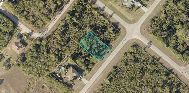 947 Grant Blvd, Lehigh Acres, FL 33974 (#220007471) :: Southwest Florida R.E. Group Inc