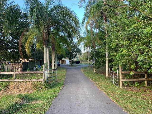 19921 Woodbridge Ln, North Fort Myers, FL 33917 (#220007674) :: Southwest Florida R.E. Group Inc