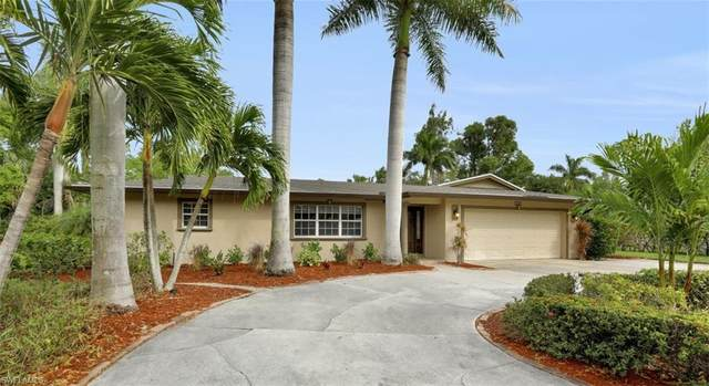 1321 Woodmere Ln, Fort Myers, FL 33919 (MLS #220007798) :: Clausen Properties, Inc.