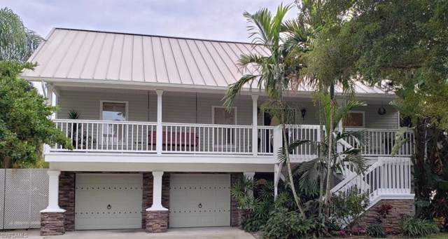 7215 Hendry Creek Drive, Fort Myers, FL 33908 (#220008525) :: The Dellatorè Real Estate Group
