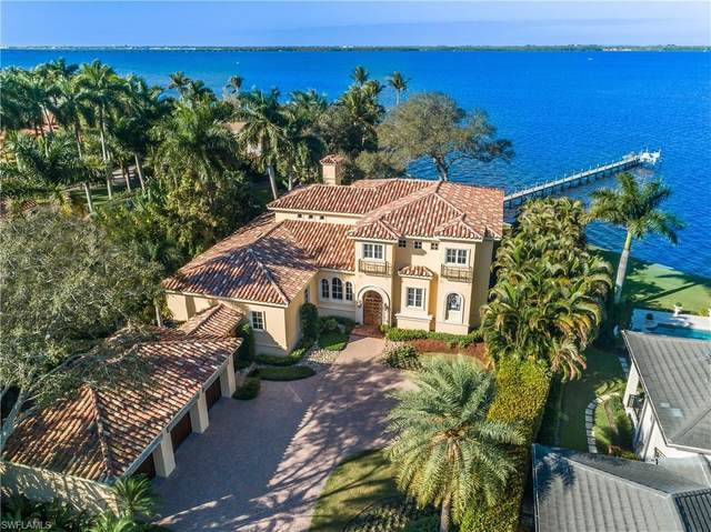 1226 Miracle Lane, Fort Myers, FL 33901 (#220008926) :: The Dellatorè Real Estate Group