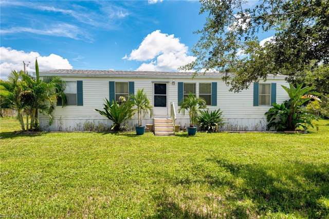 8315 Grady Dr, North Fort Myers, FL 33917 (MLS #220009423) :: Clausen Properties, Inc.