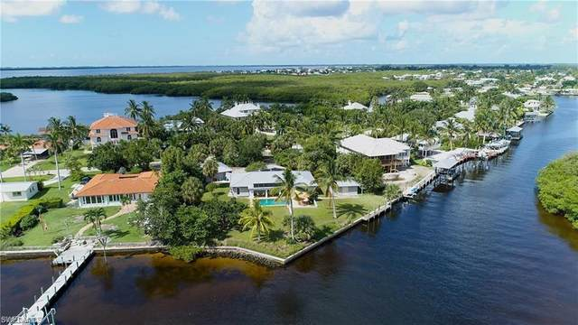 2340 Eighth Ave, St. James City, FL 33956 (MLS #220009492) :: RE/MAX Realty Team