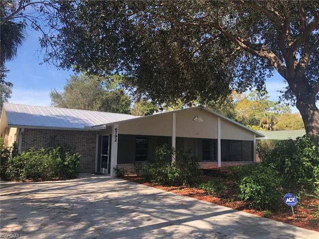 6792 Autumn Ct, North Fort Myers, FL 33903 (MLS #220010306) :: Clausen Properties, Inc.