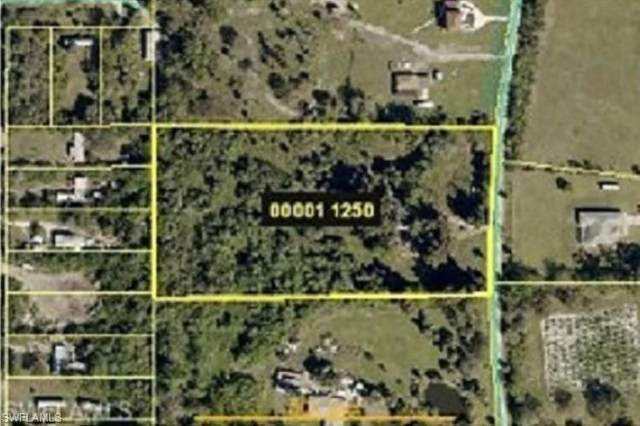 17281 Shelby Ln, North Fort Myers, FL 33917 (MLS #220010591) :: Clausen Properties, Inc.