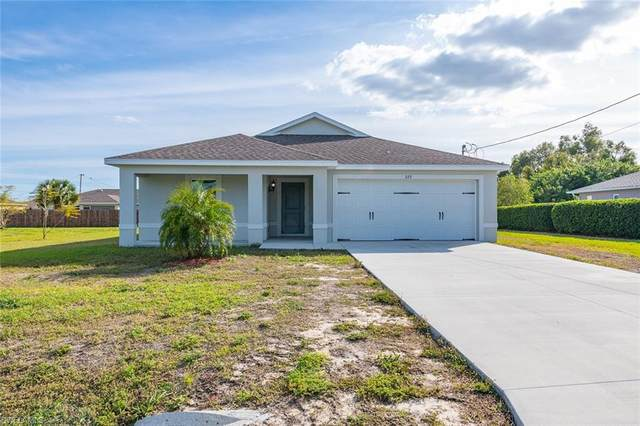 222 Mossrosse St, Fort Myers, FL 33913 (MLS #220010707) :: RE/MAX Realty Team