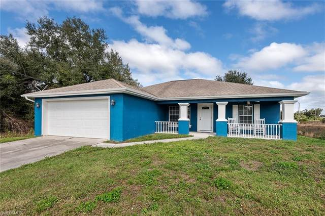 2908 51st St SW, Lehigh Acres, FL 33976 (MLS #220011167) :: RE/MAX Realty Team