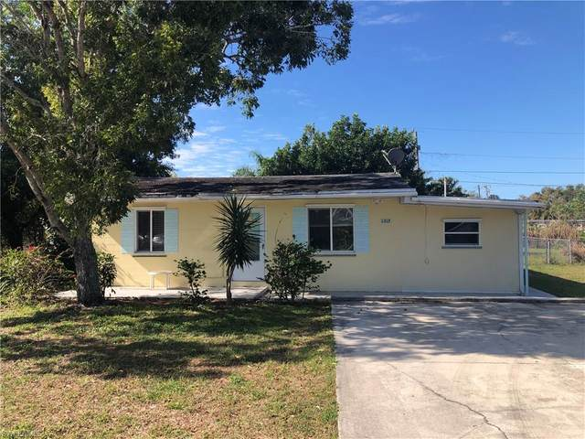 1317 Gramac Dr, North Fort Myers, FL 33917 (MLS #220011511) :: Clausen Properties, Inc.