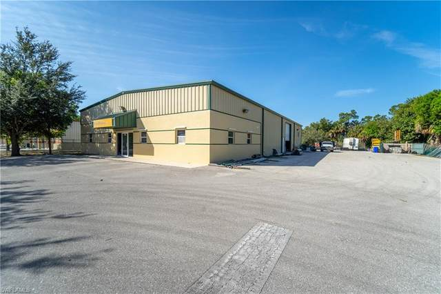 5570 Zip Dr, Fort Myers, FL 33905 (MLS #220011817) :: RE/MAX Realty Team