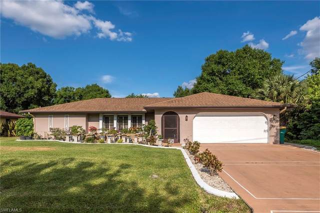 1236 Lyle St, Port Charlotte, FL 33952 (MLS #220013165) :: #1 Real Estate Services