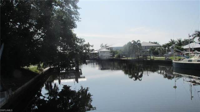 2767 Heron Ct, St. James City, FL 33956 (#220013458) :: The Dellatorè Real Estate Group