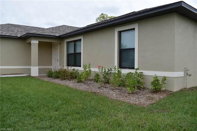 2111 NE 40th Ter, Cape Coral, FL 33909 (#220013585) :: The Dellatorè Real Estate Group
