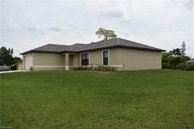 1417 NE 34th St, Cape Coral, FL 33909 (#220013591) :: The Dellatorè Real Estate Group