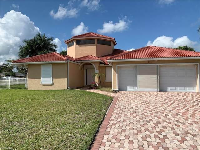 311 Malabar St, Lehigh Acres, FL 33936 (MLS #220013681) :: Clausen Properties, Inc.