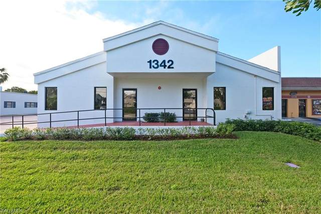 1342 SE 46th Ln, Cape Coral, FL 33904 (MLS #220013894) :: Clausen Properties, Inc.