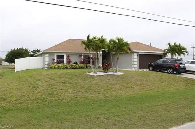 725 NE 7th Pl, Cape Coral, FL 33909 (MLS #220013911) :: Clausen Properties, Inc.