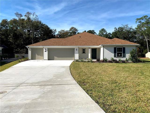100 Coastal Village Ln, St. Augustine, FL 32095 (#220014002) :: The Dellatorè Real Estate Group