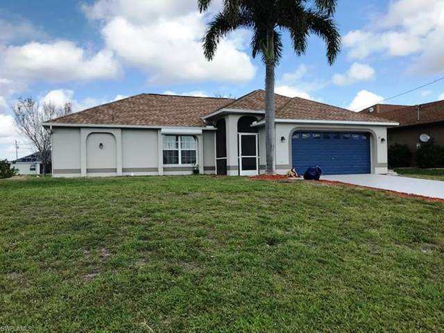 911 NW 18th St, Cape Coral, FL 33993 (#220014128) :: The Dellatorè Real Estate Group