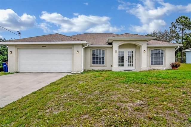 3720 4th St SW, Lehigh Acres, FL 33976 (#220014258) :: The Dellatorè Real Estate Group
