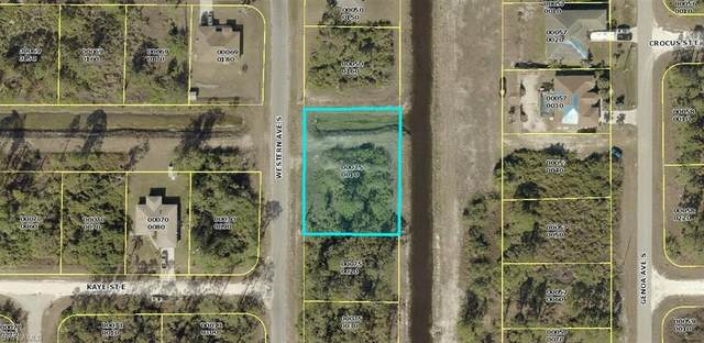 433 Western Ave S, Lehigh Acres, FL 33974 (#220014266) :: The Dellatorè Real Estate Group
