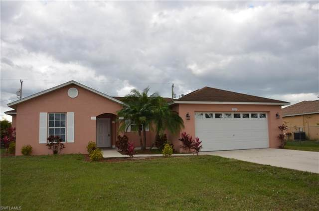 587 Bell Blvd S, Lehigh Acres, FL 33974 (#220014862) :: The Dellatorè Real Estate Group