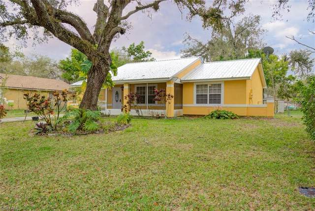 4035 Albany Rd, Labelle, FL 33935 (MLS #220014878) :: Clausen Properties, Inc.