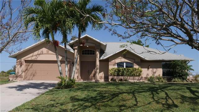 209 NW 4th Ter, Cape Coral, FL 33993 (#220014926) :: The Dellatorè Real Estate Group