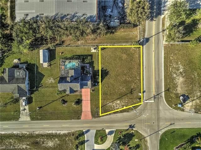 1915 NE 6th St, Cape Coral, FL 33909 (MLS #220014996) :: Clausen Properties, Inc.