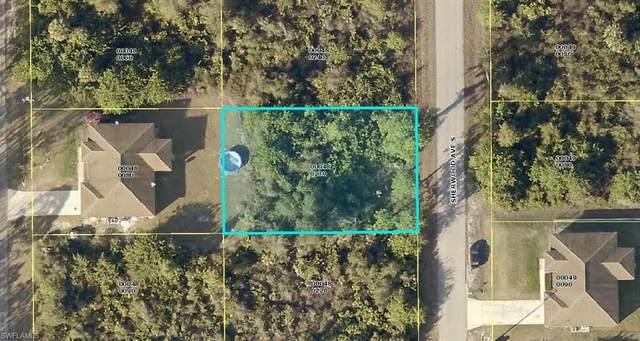 560 Sherwood Ave S, Lehigh Acres, FL 33974 (#220015039) :: The Dellatorè Real Estate Group