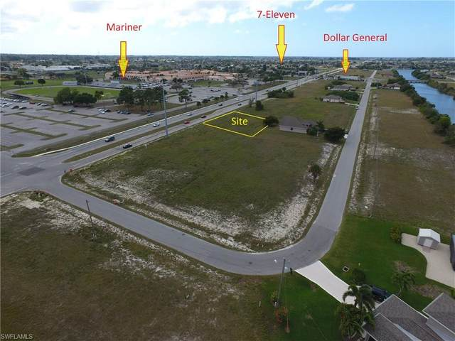 1313 Tropicana Pky W, Cape Coral, FL 33993 (#220015070) :: The Dellatorè Real Estate Group