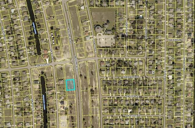 1016 Skyline Blvd, Cape Coral, FL 33991 (MLS #220015103) :: Team Swanbeck