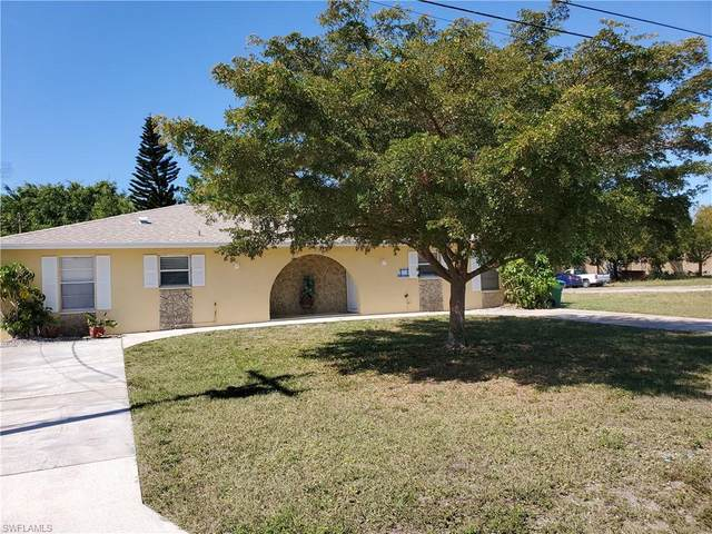 38 NE 16th Pl, Cape Coral, FL 33909 (#220015164) :: The Dellatorè Real Estate Group
