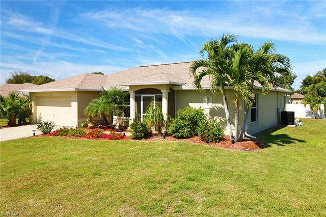 1213 SW 36th St, Cape Coral, FL 33914 (MLS #220015243) :: Clausen Properties, Inc.