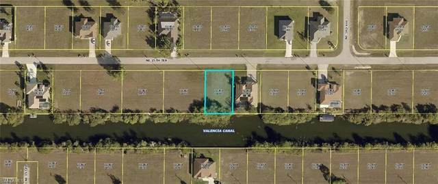 214 NE 15th Ter, Cape Coral, FL 33909 (#220015248) :: The Dellatorè Real Estate Group