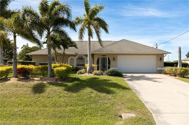 330 NW 7TH Ave, Cape Coral, FL 33993 (MLS #220016046) :: Sand Dollar Group