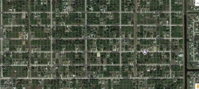 2615 6th St SW, Lehigh Acres, FL 33976 (#220016078) :: The Dellatorè Real Estate Group