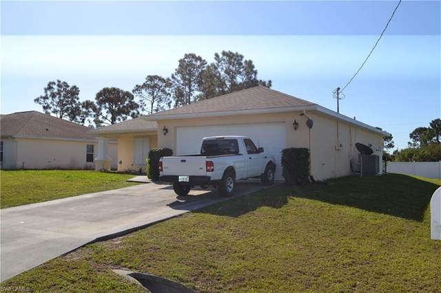 2931 21st St SW, Lehigh Acres, FL 33976 (#220016103) :: The Dellatorè Real Estate Group