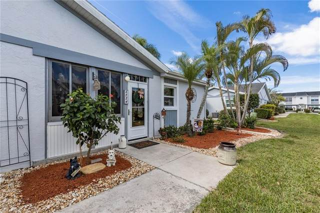 6884 Bogey Dr, Fort Myers, FL 33919 (MLS #220016198) :: Clausen Properties, Inc.