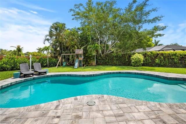 1513 Manchester Boulevard, Fort Myers, FL 33919 (#220016203) :: Caine Premier Properties