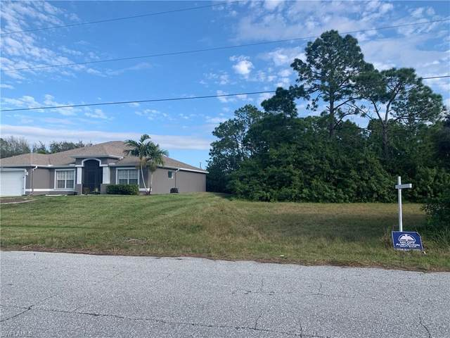 1703 NW 11th St, Cape Coral, FL 33993 (MLS #220016289) :: Clausen Properties, Inc.