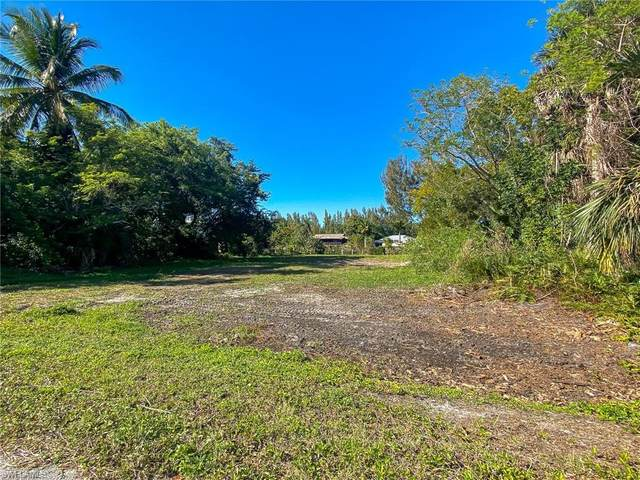 3316 6th Ave, Other, FL 33956 (MLS #220016808) :: RE/MAX Realty Team