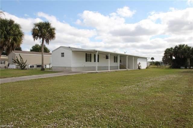 1083 W Miller Drive, Moore Haven, FL 33471 (MLS #220017010) :: Clausen Properties, Inc.