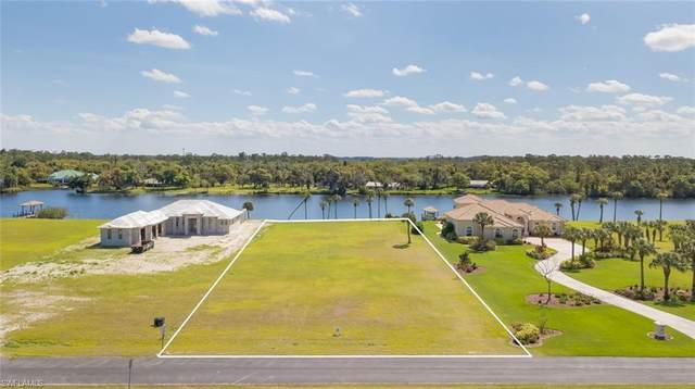 2508 Caloosa Shores Drive, Labelle, FL 33935 (MLS #220017552) :: Clausen Properties, Inc.